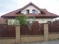 Prodej domu v osobním vlastnictví 339 m², Úvaly