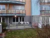 velká terasa s jižní orientací (Prodej bytu 3+kk v osobním vlastnictví 68 m², Praha 9 - Horní Počernice)
