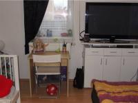 pracovna (Prodej bytu 3+kk v osobním vlastnictví 68 m², Praha 9 - Horní Počernice)