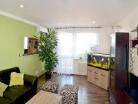Obývací pokoj (Prodej bytu 3+1 v osobním vlastnictví 78 m², Vyškov)