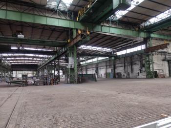 výrobní hala uvnitř - Pronájem komerčního objektu 9557 m², Hradec Králové