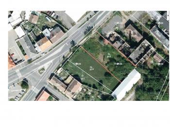 Prodej pozemku 1676 m², Hradec Králové