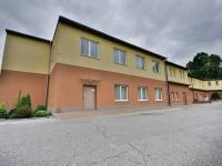 Pronájem kancelářských prostor 347 m², Dolní Radechová