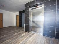 společné prostory (Pronájem bytu 1+kk v osobním vlastnictví 30 m², Hradec Králové)