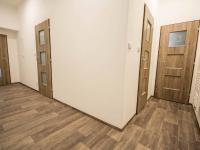 chodba 1a (Pronájem obchodních prostor 90 m², Hradec Králové)