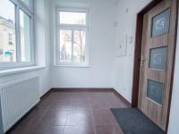 vstup 1b (Pronájem obchodních prostor 90 m², Hradec Králové)