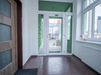vstup 1a (Pronájem obchodních prostor 90 m², Hradec Králové)