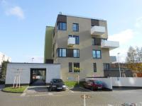 Pronájem bytu Garsoniéra v osobním vlastnictví 32 m², Hradec Králové