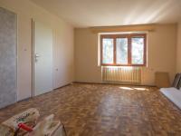 pokoj - patro (Prodej domu v osobním vlastnictví 330 m², Hradec Králové)