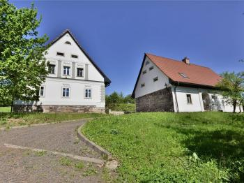 Prodej historického objektu, 800 m2, Šonov