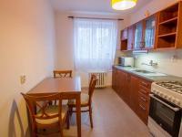 kuchyň (Prodej bytu 2+1 v osobním vlastnictví 61 m², Hradec Králové)