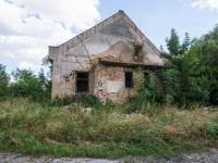 neobyvatelná budova - Prodej pozemku 30868 m², Boharyně
