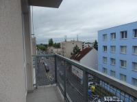 balkón (Pronájem bytu 3+kk v osobním vlastnictví 93 m², Pardubice)