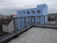 terasa (Pronájem bytu 3+kk v osobním vlastnictví 93 m², Pardubice)