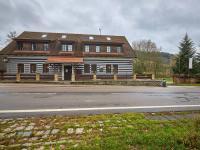 Prodej hotelu 1068 m², Mladé Buky
