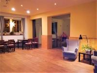 sál (Prodej hotelu 1068 m², Mladé Buky)