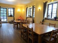 jídelna (Prodej hotelu 1068 m², Mladé Buky)