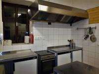 společná kuchyň pro hosty (Prodej hotelu 1068 m², Mladé Buky)