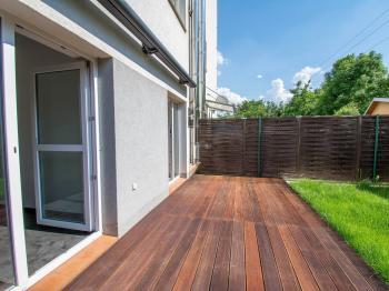 terasa s markýzou  - Prodej bytu 3+kk v osobním vlastnictví 114 m², Častolovice