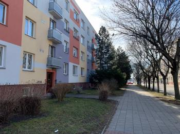 Prodej bytu 2+1 v osobním vlastnictví 52 m², Hradec Králové