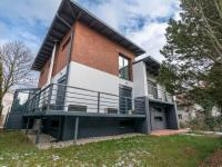 Pronájem domu v osobním vlastnictví 420 m², Hradec Králové