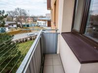balkón - Prodej bytu 3+1 v osobním vlastnictví 69 m², Hradec Králové