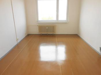 Prodej bytu 1+1 v osobním vlastnictví 41 m², Hradec Králové