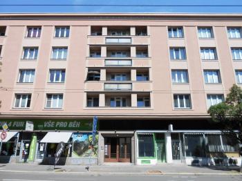 Prodej bytu 3+1 v osobním vlastnictví 82 m², Hradec Králové