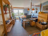 obývací pokoj - Prodej bytu 3+1 v osobním vlastnictví 82 m², Hradec Králové