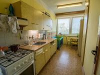 kuchyň s jídelnou - Prodej bytu 3+1 v osobním vlastnictví 82 m², Hradec Králové