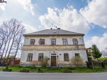 Prodej domu v osobním vlastnictví 300 m², Kuks