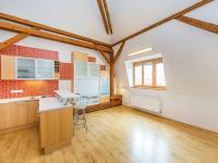 Prodej bytu 4+1 v osobním vlastnictví 137 m², Praha 5 - Smíchov