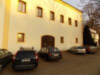 Pronájem komerčního objektu 300 m², Praha 10 - Petrovice