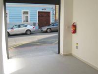 Samostatná garáž v domě (Prodej bytu 2+kk v osobním vlastnictví 41 m², Praha 8 - Libeň)