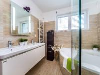 Prodej domu v osobním vlastnictví 145 m², Praha 4 - Šeberov