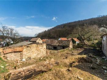 Prodej pozemku 1928 m², Liběšice