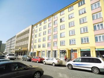 Pronájem obchodních prostor 75 m², Praha 10 - Vršovice