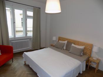 Prodej bytu 2+1 v osobním vlastnictví 60 m², Praha 1 - Staré Město