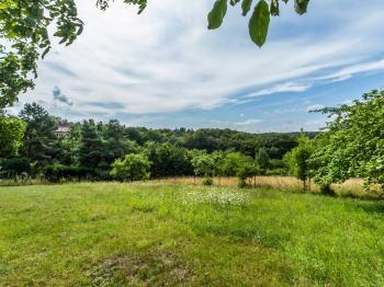 Prodej pozemku 812 m², Panenské Břežany