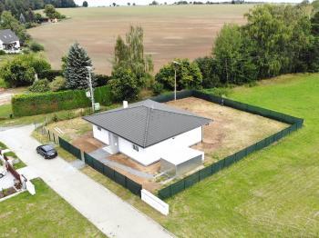 Prodej domu v osobním vlastnictví 260 m², Přezletice