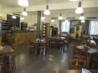 Prodej obchodních prostor 1024 m², Kuchařovice