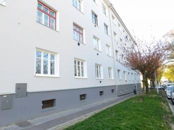 Prodej bytu 2+kk v osobním vlastnictví 56 m², Znojmo
