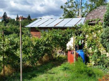 Prodej pozemku 1220 m², Znojmo