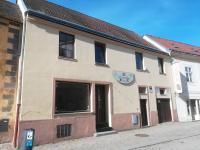 Prodej domu v osobním vlastnictví, 350 m2, Znojmo