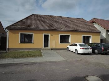 Prodej domu v osobním vlastnictví, 120 m2, Tasovice