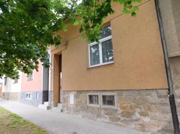 Prodej domu v osobním vlastnictví, 124 m2, Znojmo