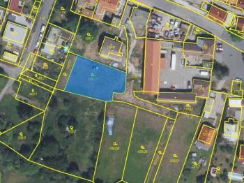 ortofoto mapa - Byt 3+kk s terasou a zahradou ve viladomě v Praze