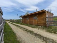 Venkovní boxy (Prodej zemědělského objektu 1900 m², Chříč)