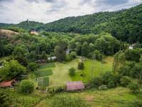pohled severo - východ (Prodej pozemku 1222 m², Praha 6 - Dejvice)