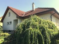 Pronájem domu v osobním vlastnictví 200 m², Mořina